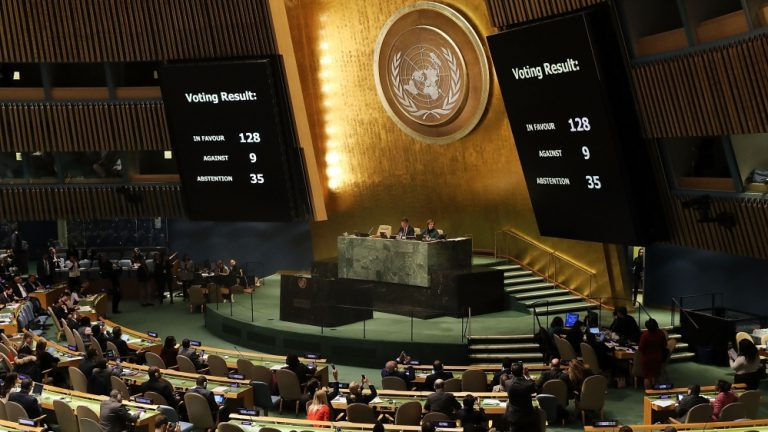 UN General Assembly rejects Trump's Jerusalem move