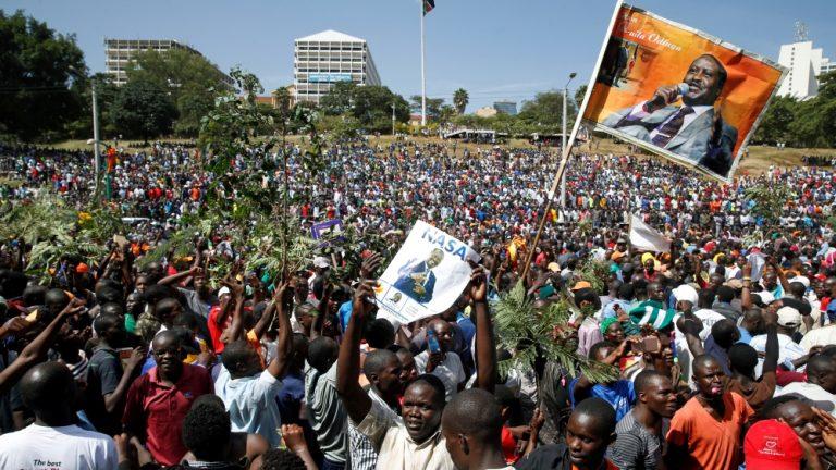 Kenya court suspends government's media shutdown