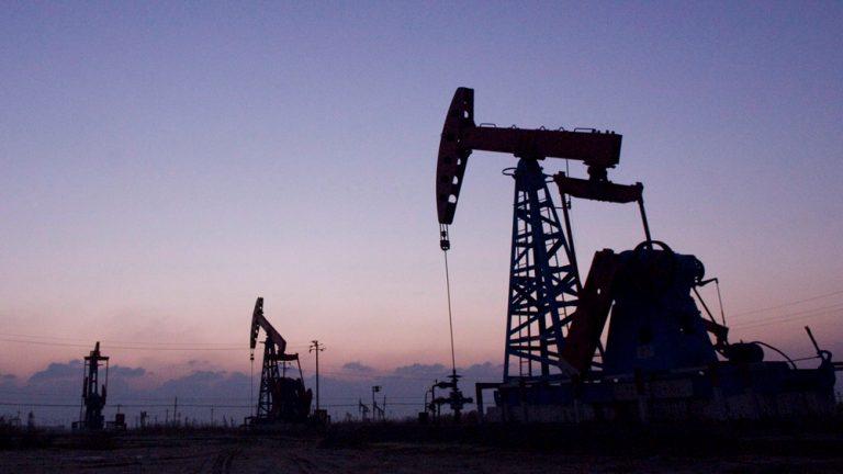 Oil price crosses $70, amid Iran deal tensions