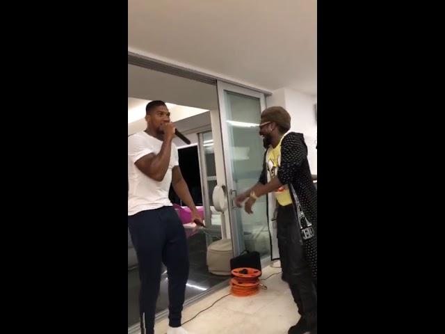 Anthony Joshua & Beenie Man Juggling lyric in Jamaica